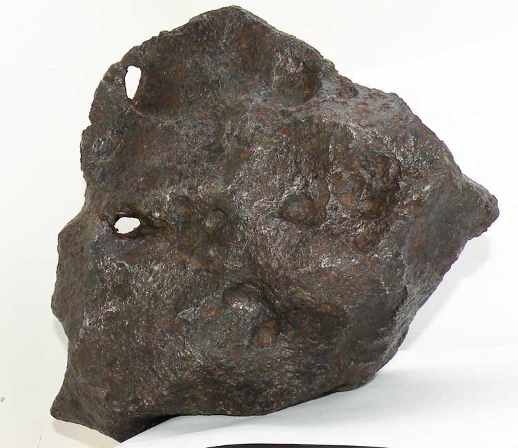 http://www.nuggetsfactory.com/EURO/meteorite/campo%20del%20cielo/71%20campo%20del%20cielo%20b%20.jpg