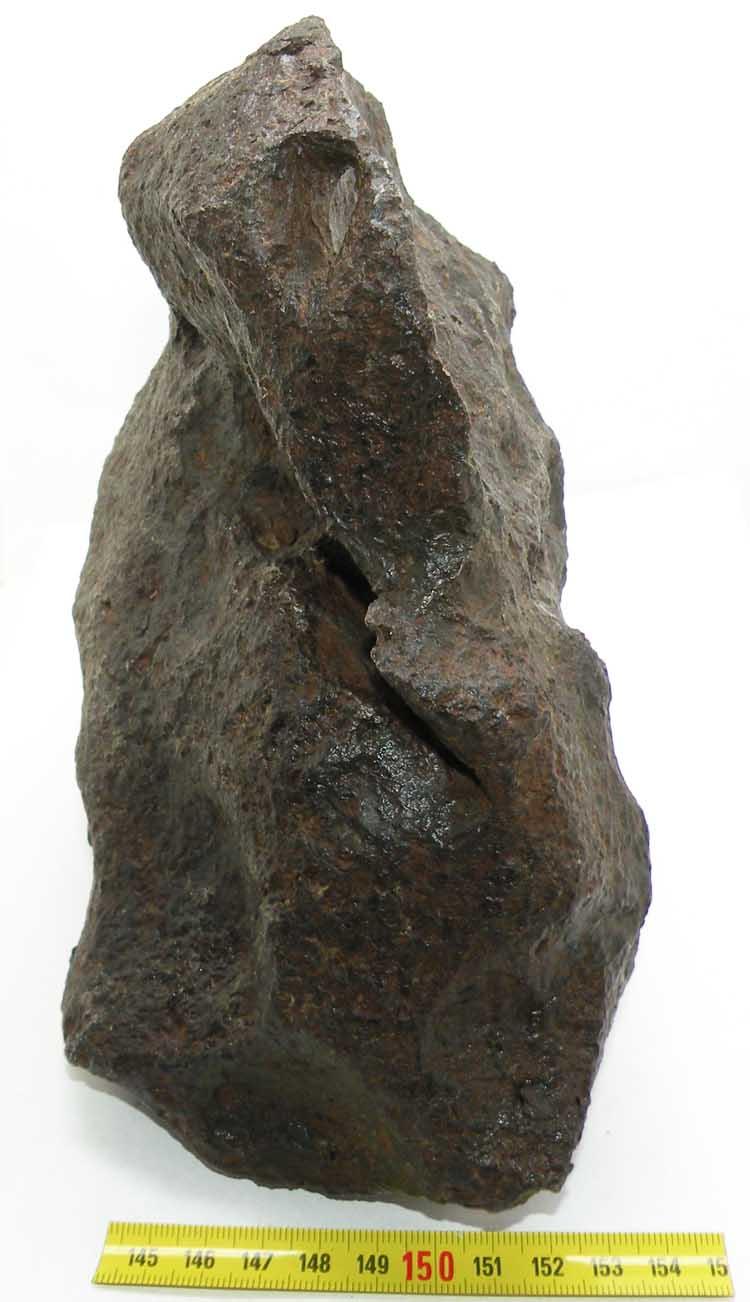 http://www.nuggetsfactory.com/EURO/meteorite/campo%20del%20cielo/71%20campo%20del%20cielo%20e.jpg