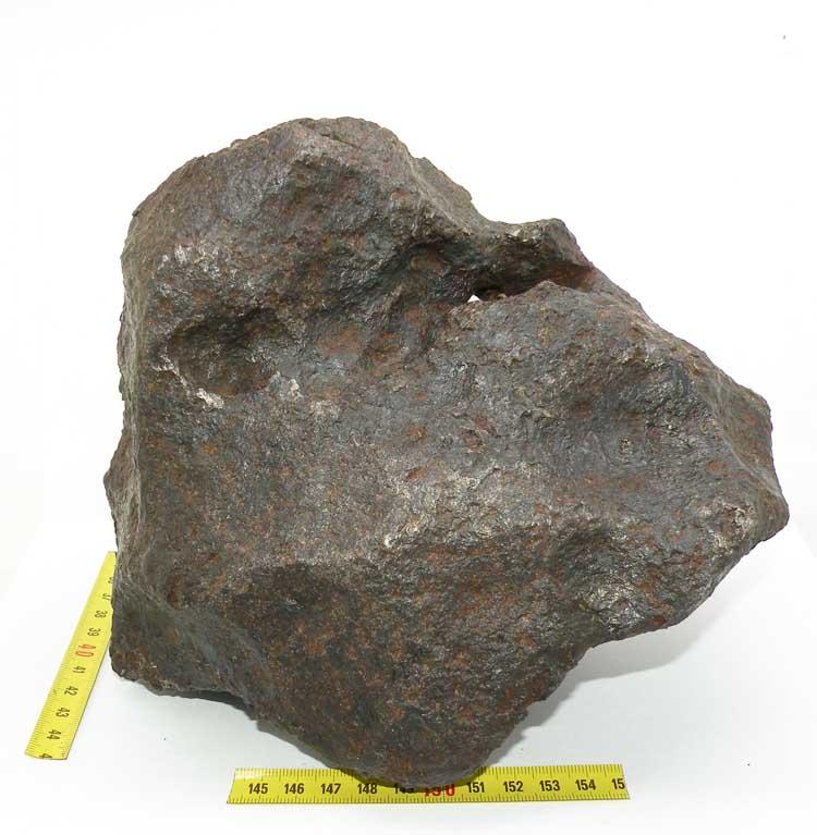 http://www.nuggetsfactory.com/EURO/meteorite/campo%20del%20cielo/71%20campo%20del%20cielo%20f.jpg