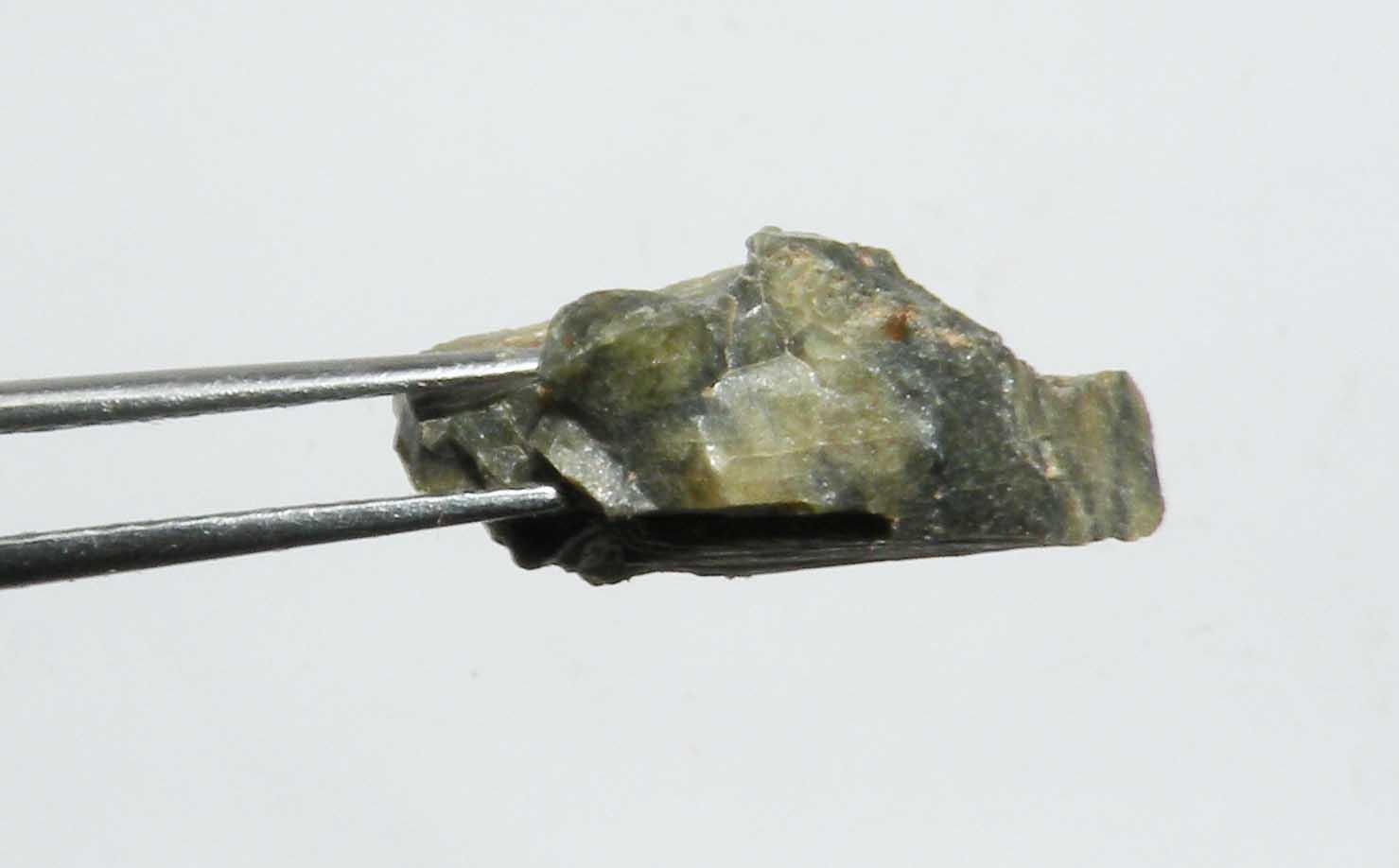http://www.nuggetsfactory.com/EURO/meteorite/tatahouine/12%20tatahouine%20c%20.jpg