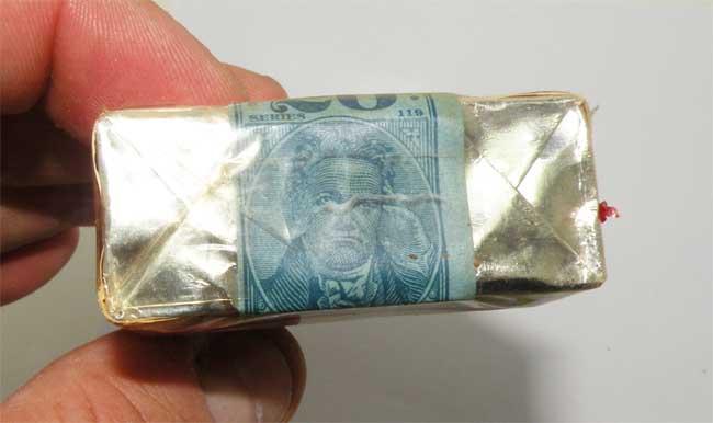 http://www.nuggetsfactory.com/EURO/militaria/tabac/36%20tabac%20a.jpg