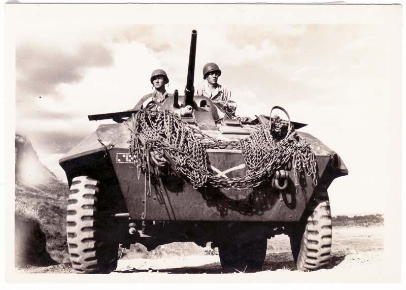 https://www.nuggetsfactory.com/EURO/militaria/Photo/photo%201/21%20photo%20militaria.jpg