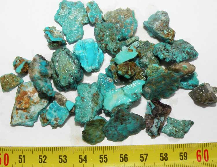 https://www.nuggetsfactory.com/EURO/mineraux/turquoise/007.jpg